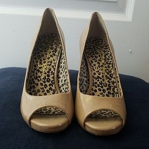 Jessica Simpson 5.5 nude heels